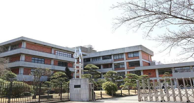 清泉女学院中学高等学校